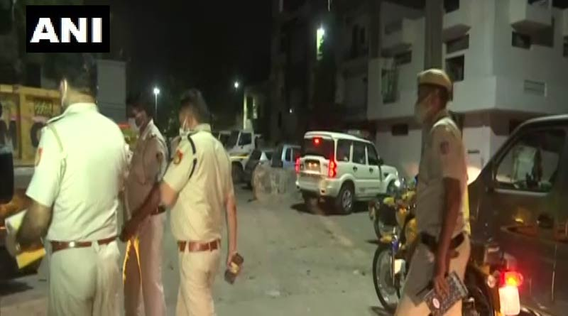 Delhi: Four people died in a fire that erupted following a cylinder blast   Sangbad Pratidin