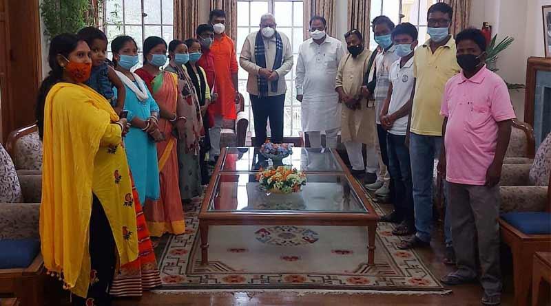 Post poll violation: BJP MP John Barla meets with WB GUV Jagdeep Dhankhar।Sangbad Pratidin