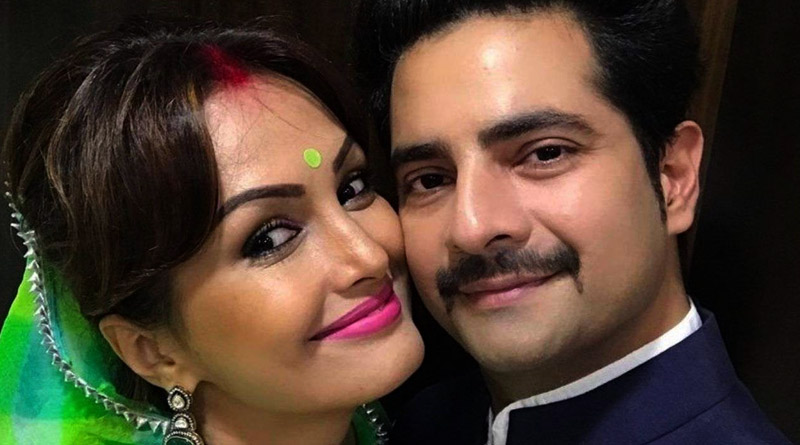 Actor Karan Mehra out on bail, claims Nisha Rawal smashed her own head on wall and blamed him | Sangbad Pratidin