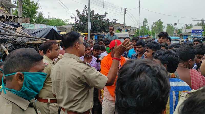 BJP party office allegedly ransack by TMC in east Medinipur's Khejuri ।Sangbad Pratidin