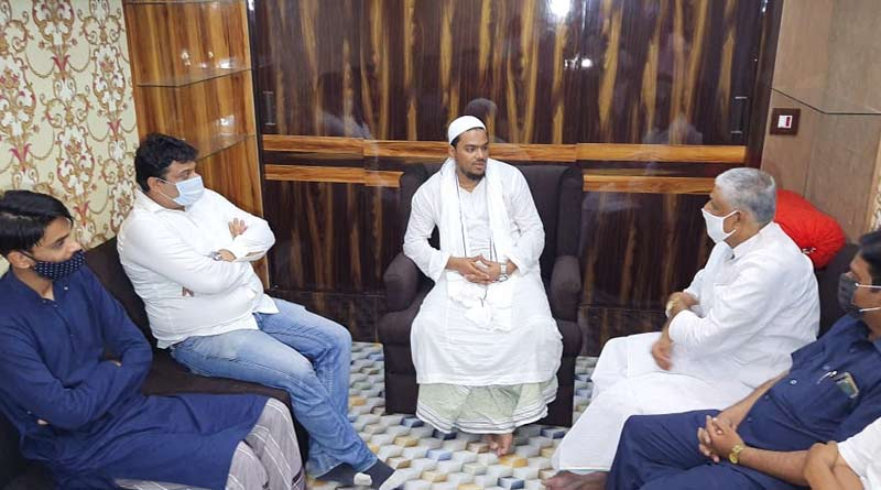 Congress leader Abdul Mannan meets ISF's leader Abbas and Naushad Siddiqui amidst controversy of alliance of Sanjukta Morcha | Sangbad Pratidin