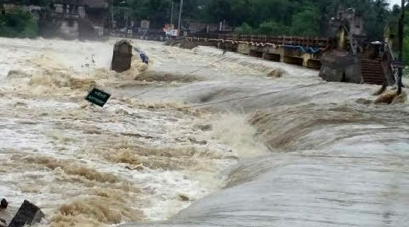 Water level hike in Bankura's many river ।Sangbad Pratidin
