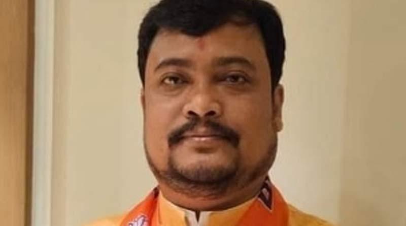 BJP MP Soumen Roy speak over whatsapp group left | Sangbad Pratidin