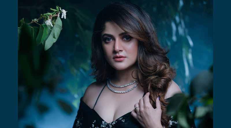 bengali-actress-srabanti Chatterjee-instagram-video-goes-viral-on-internet