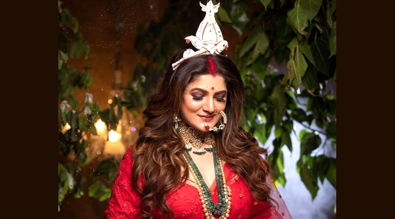 Srabanti Chatterjee trolled after posting picture in Wedding outfit on social media | Sangbad Pratidin