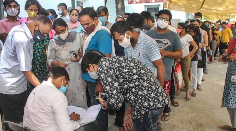 Second FIR in Mumbai vaccine scam, 150 employees of production house get jab but no certificates | Sangbad Pratidin