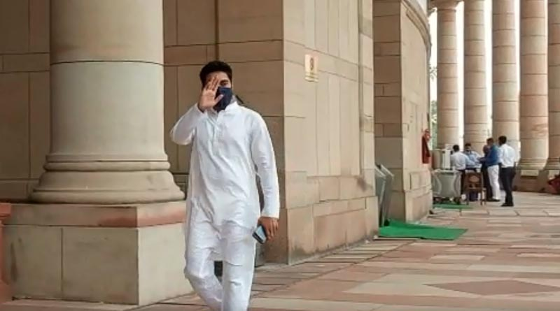 100 percent attendance in parliament, TMC leader Abhishek Banerjee's diktat to party MPs | Sangbad Pratidin