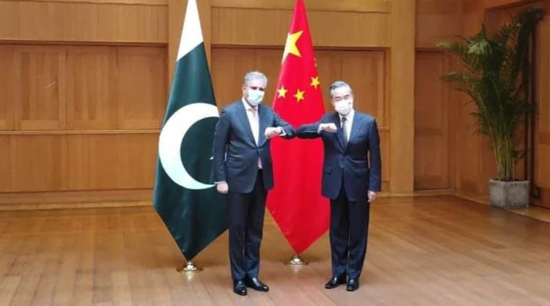 Pakistan FM holds talks with Chinese counterpart, raises Kashmir issue | Sangbad Pratidin