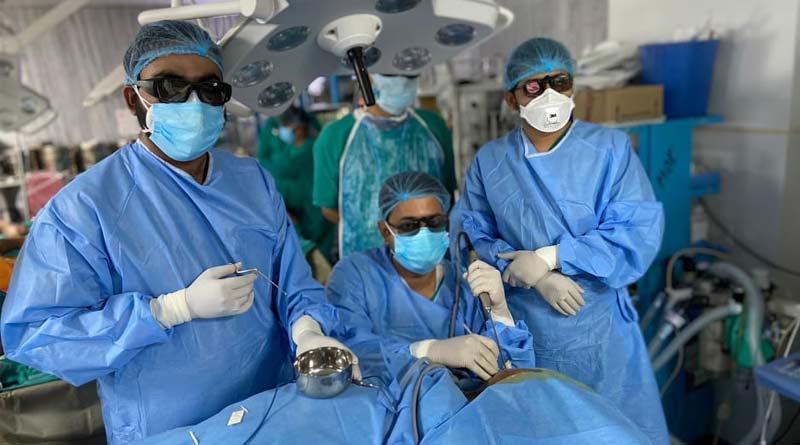 Eastern India's First SSKM hospital operates '3D Endoscopy' | Sangbad Pratidin