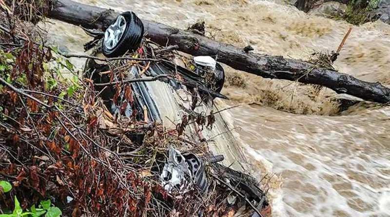 8 feared dead, 7 missing in flash floods in Himachal Pradesh | Sangbad Pratidin