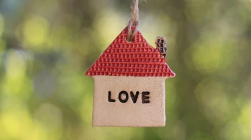 home tips to attract love | Sangbad Pratidin