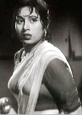 Sreelekha Mitra Posted picture in Madhubala's attire