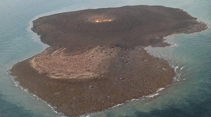 In Azerbaijan mud volcano triggers huge blast in oil and gas fields near Caspian sea | Sangbad Pratidin