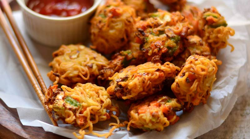 try this Noodle Pakora Recipe at your home