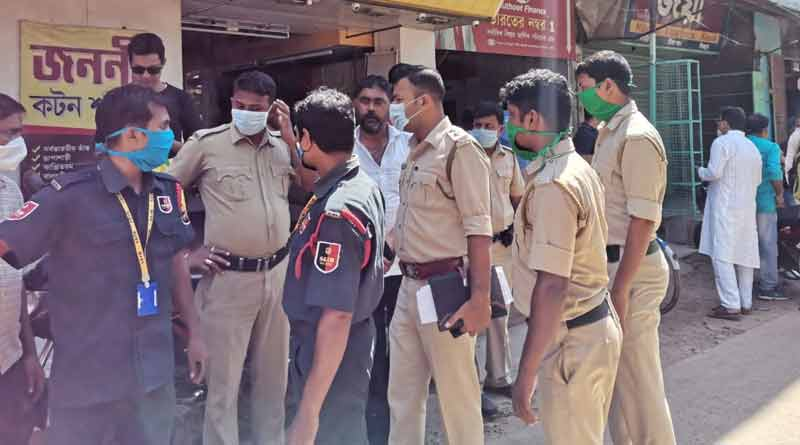 Some dacoits allegedly attacks a man in Suri । Sangbad Pratidin