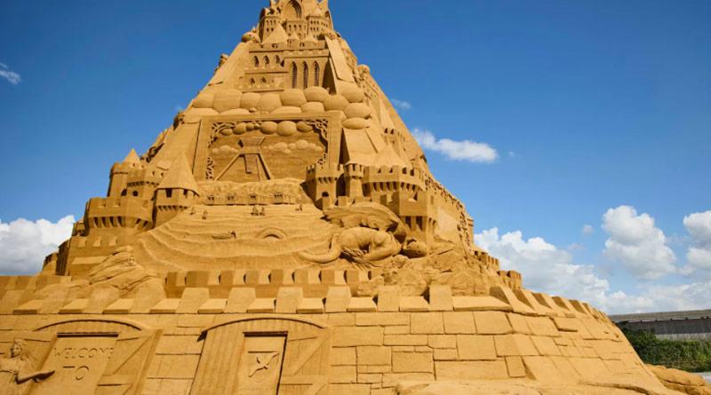 World's tallest sandcastle constructed in Denmark with 5,000 tonnes of sand | Sangbad Pratidin