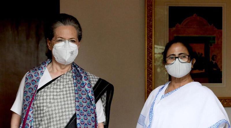CM Mamata Banerjee meets Congress leader Sonia Gandhi in Delhi | Sangbad Pratidin