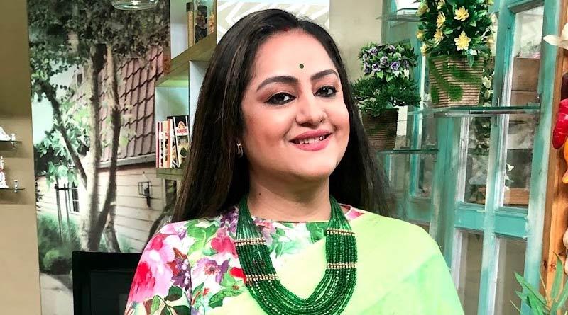 Sudipa Chatterjee trolled for her FB post | Sangbad Pratidin