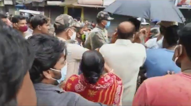 BJP leader accused in beaten up TMC leader in Bardhaman | Sangbad Pratidin