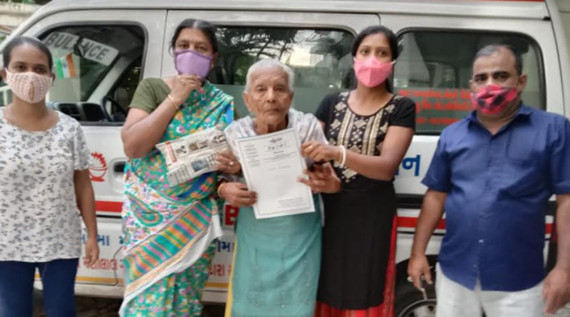 Mumbai NGO helped old woman to reach her home safe   Sangbad Pratidin
