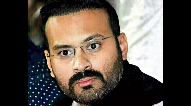 West Bengal Congress leader Somen Mitra's son Rohan Mitra leaves post sparking speculation | Sangbad Pratidin