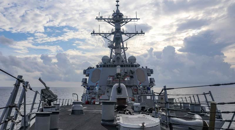 Chinese military 'chased away' US warship in South China Sea | Sangbad Pratidin
