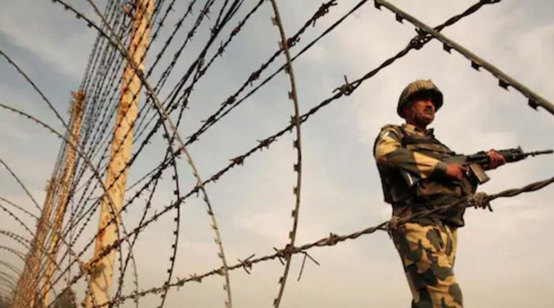 Pakistani Teenager Crosses Border to India After Quarrel With Family | Sangbad Pratidin