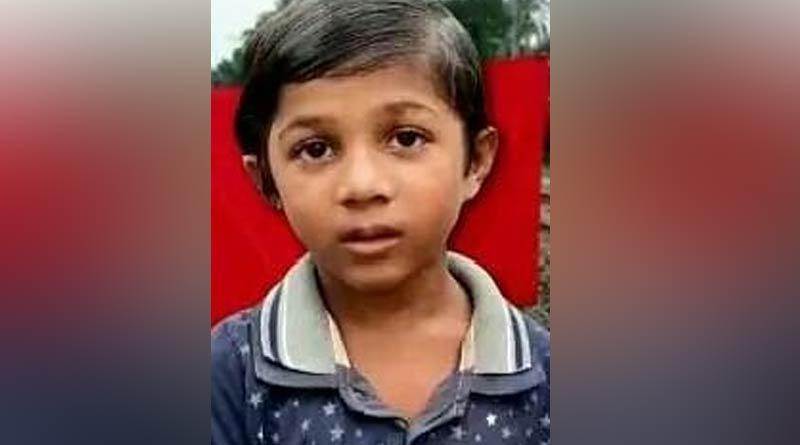 Boy saves Canning local certain disaster | Sangbad Pratidin