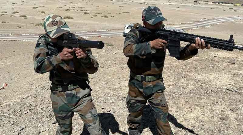 Indian Army troops get American rifles on China border   Sangbad Pratidin