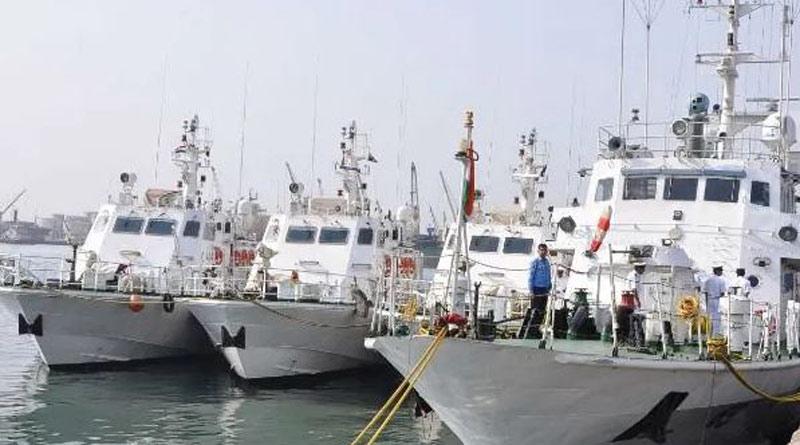 Sri Lankan Navy pelted stones at boats of India, destroyed fishing nets। Sangbad Pratidin
