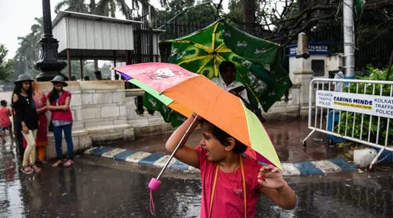 Weather Update: MeT department predicts light to moderate rain in West Bengal । Sangbad Pratidin