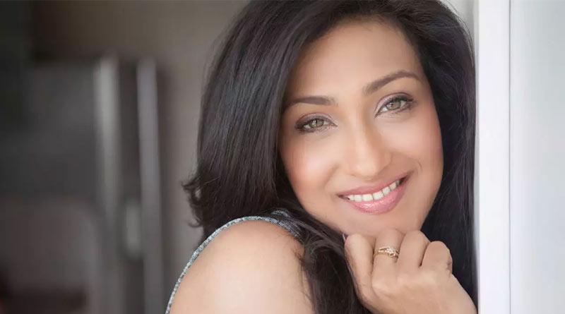 Bengali Actress Rituparna Sengupta's Instagram Photo goes viral   Sangbad Pratidin