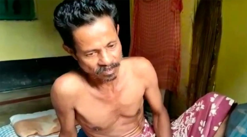 A man of Sonarpur allegedly beaten up by wife and daughter in Sonarpur, West Bengal | Sangbad Pratidin