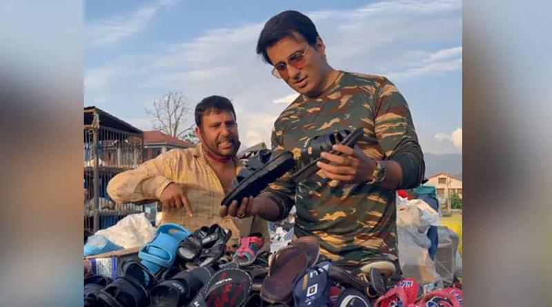 Sonu Sood Surprises Srinagar Street Hawker   Sangbad Pratidin