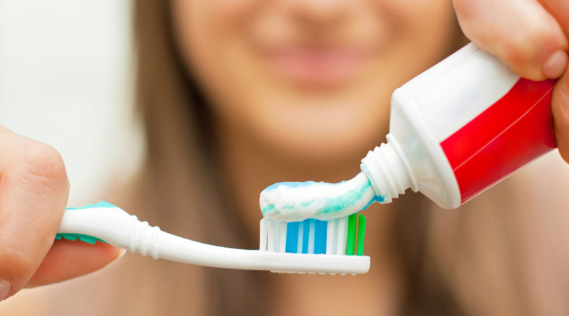 Here is how you can chose Best Toothpaste For Your Teeth | Sangbad Pratidin