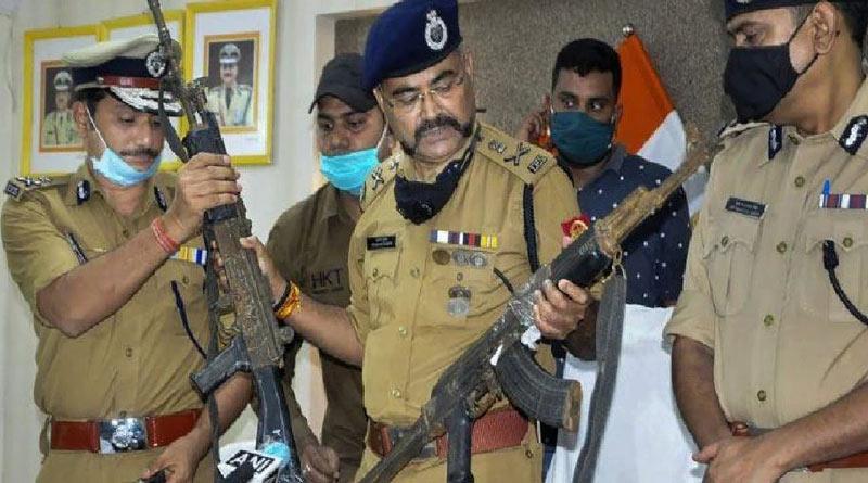 3302 criminals were shot in encounter in Uttar Pradesh in last 4 years। Sangbad Pratidin