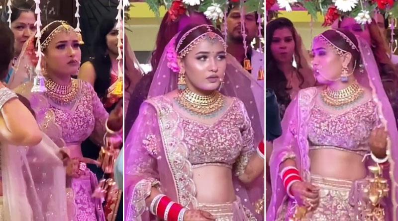 This bride refuses to enter wedding venue, video goes viral   Sangbad Pratidin