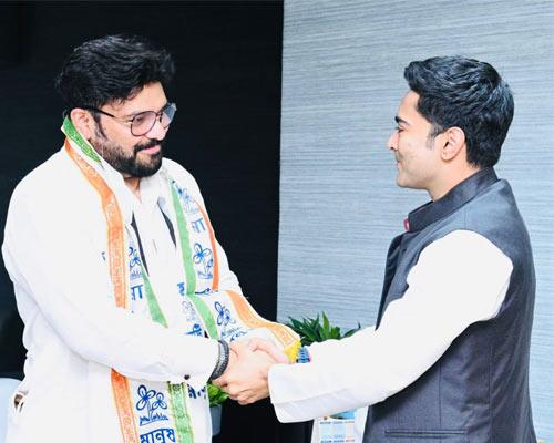 Babul Supriyo set to return Kolkata before resigning