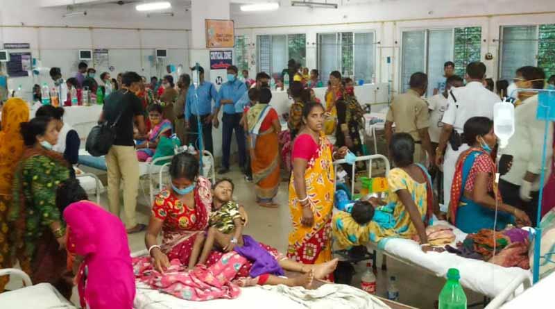 15 children fall ill at Durgapur Sub Division Hospital, family alleges negligence । Sangbad Pratidin
