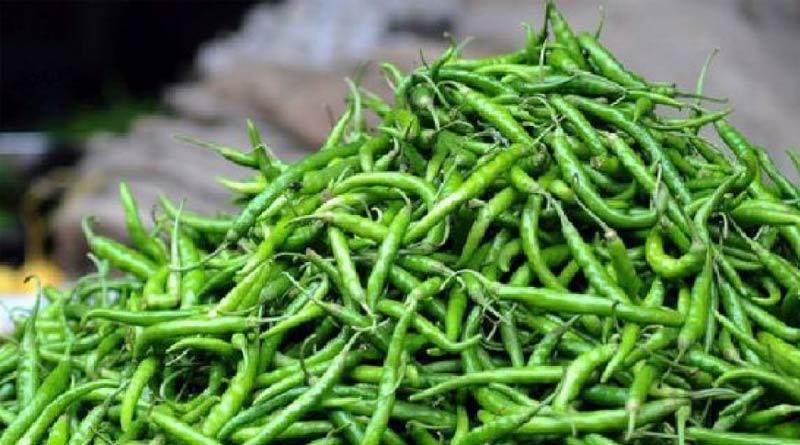 Chili price hiked due to rain in West Bengal | Sangbad Pratidin