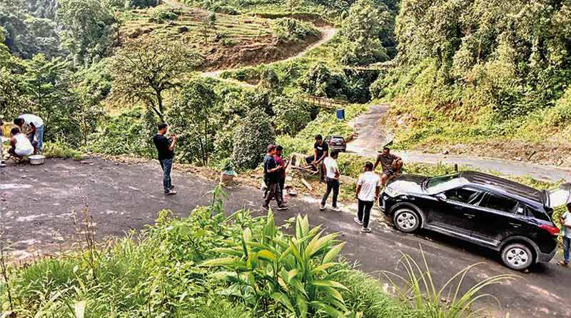 Ideal place for tour in this Puja is Kalimpong's Lungsel | Sangbad Pratidin