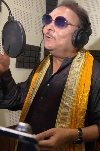 Madan Mitra sung song before West Bengal by elections
