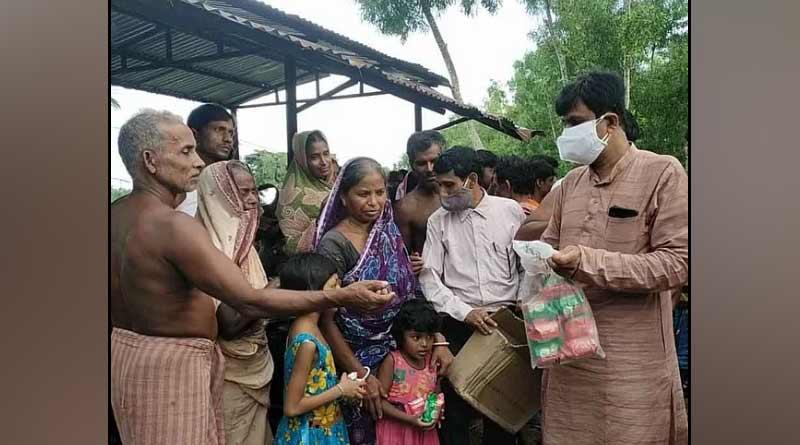 TMC provided financial help to 2 families in Purba Medinipur | Sangbad Pratidin
