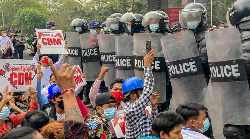 Myanmar resistance launches 'people's defensive war' against Junta   Sangbad Pratidin