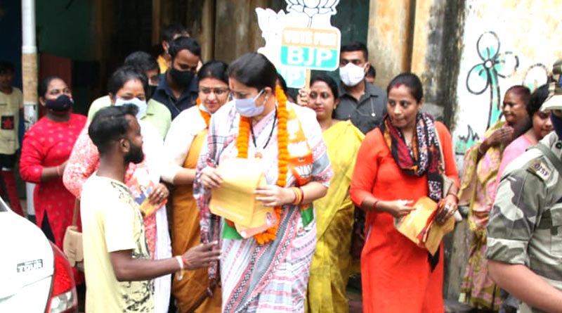 Smriti Irani starts campaigning for Priyanka Tibrewal | Sangbad Pratidin