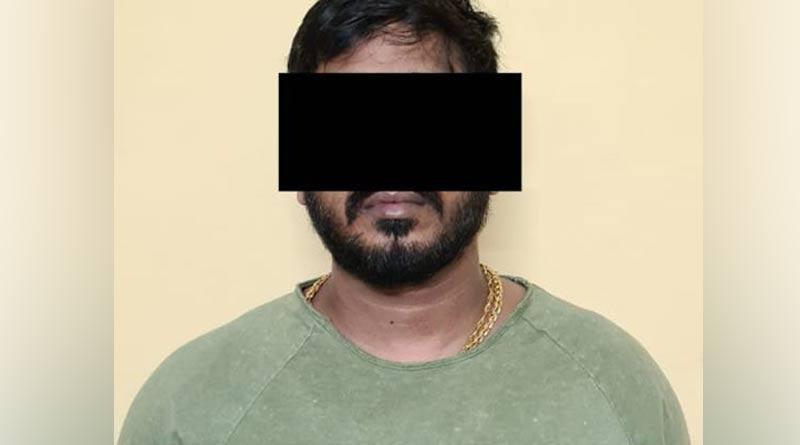 Police arrests Kasba's gangstar Biswajit Poddar after a month of his misdeeds | Sangbad Pratidin
