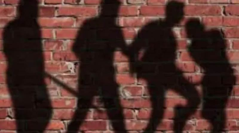 Hindu man abducted, assaulted by 5 men for travelling with Muslim woman | Sangbad Pratidin