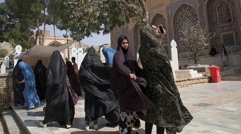 Women teachers face uncertain future after Taliban bans them from schools | Sangbad Pratidin
