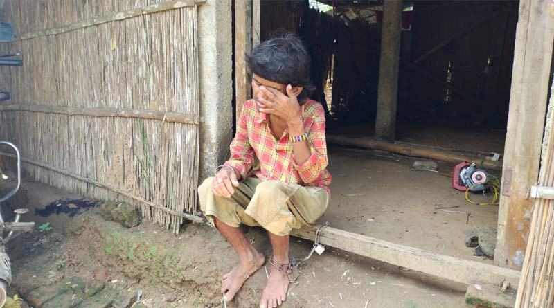 A youth chained in Durgapur   Sangbad Pratidin
