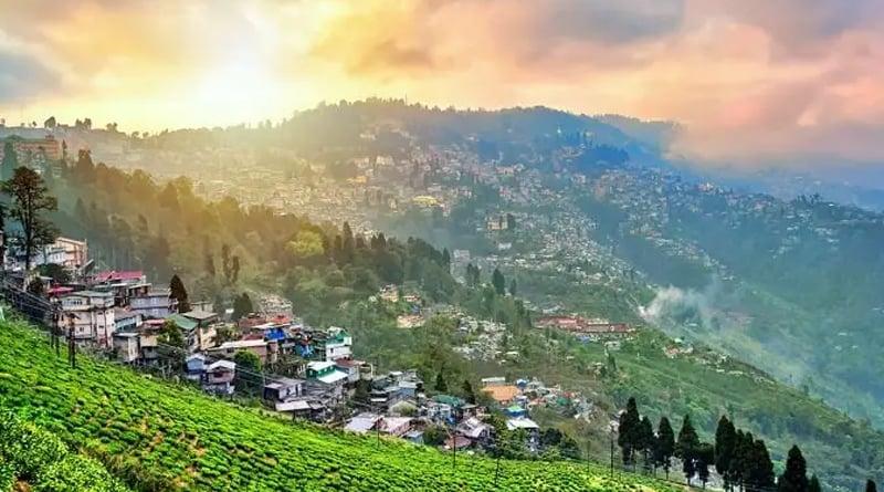 Record number of tourists visit North Bengal amidst corona pandemic | Sangbad Pratidin